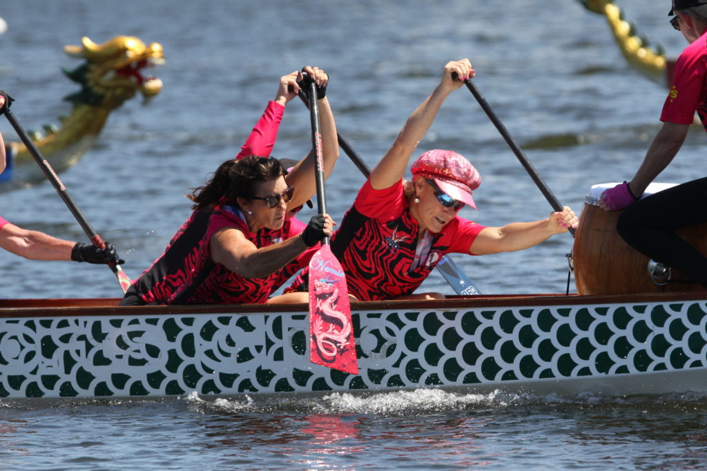 breast-cancer-survivor-dragon-boat-teams-dragon-boat-regatta-kawana-2019