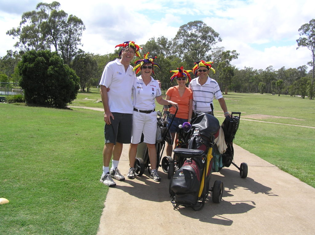 breast-cancer-survivor-groups-golf-fundraising-days-dragons-abreast-brisbane-2007