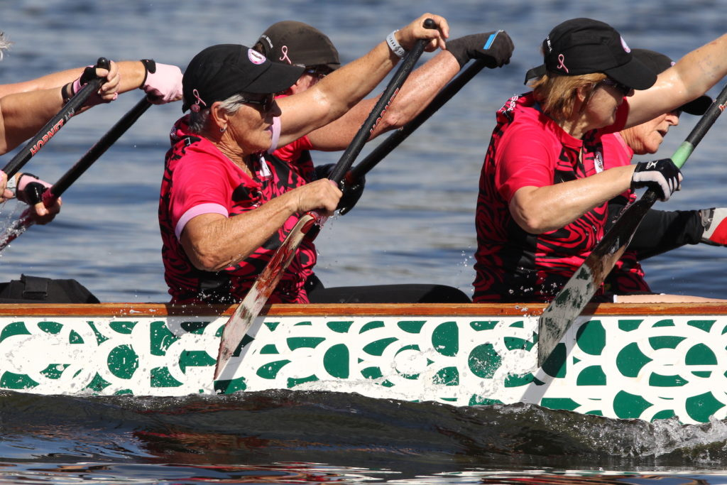dragon-boat-exercise-for-long-term-breast-cancer-recovery-dragons-abreast-brisbane-kawana-racing-dragon-boat-pictures-2019