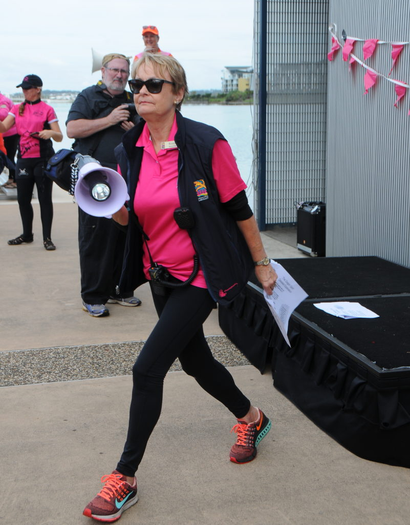 dragon-boat-regatta-kawana-2016-team-missabittatitti-dragon-boat-team-for-women-health-and-fitness-after-breast-cancer