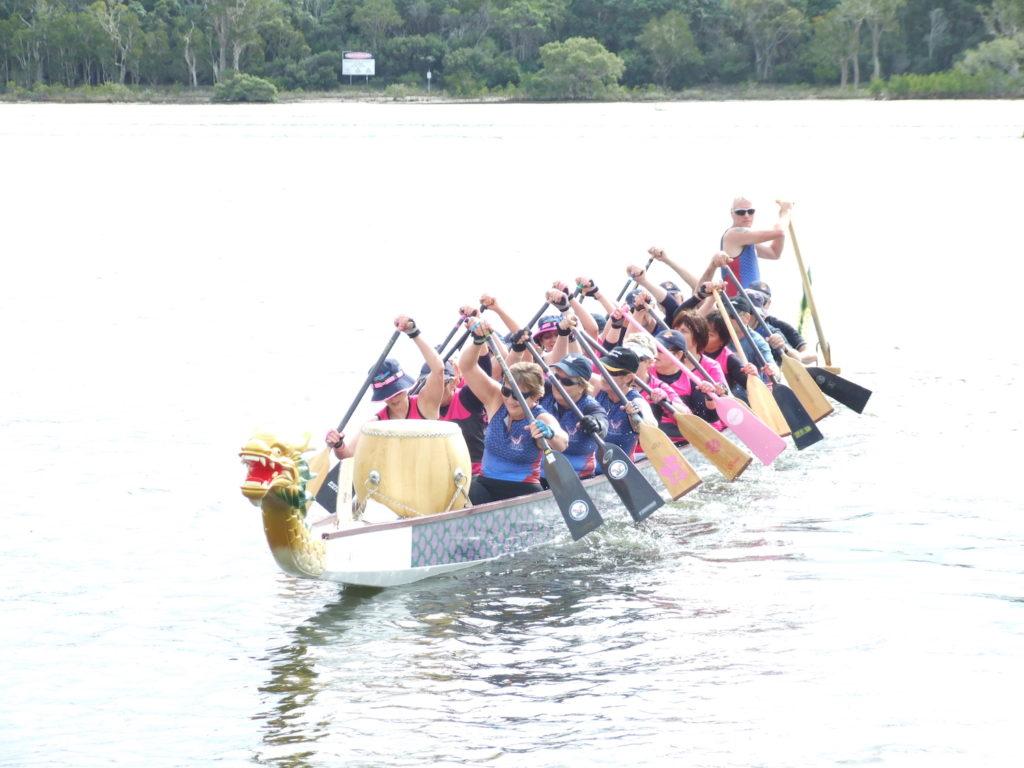 tin-can-bay-regatta-2008-dragon-boat-club-breast-cancer-survivors
