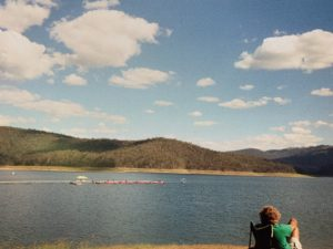 breast-cancer-survivor-dragon-boat-club-brisbane-2002-hinze-dam