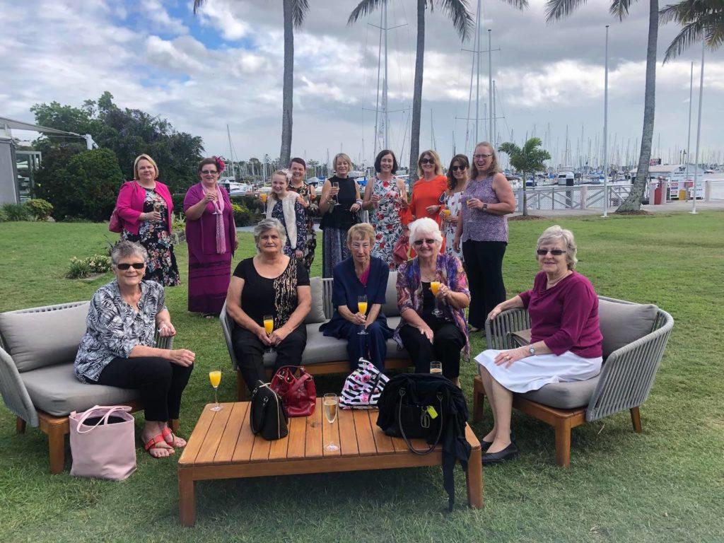 brisbane-breast-cancer-survivor-dragon-boat-racing-club-fundraising-event