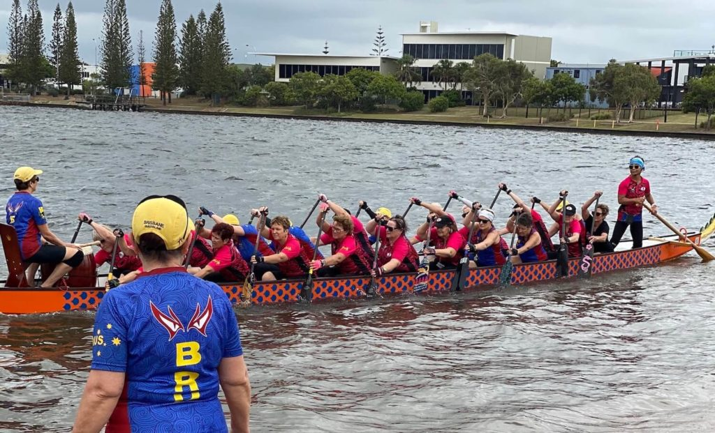 2020-breast-cancer-survivor-dragon-boat-paddling-brisbane